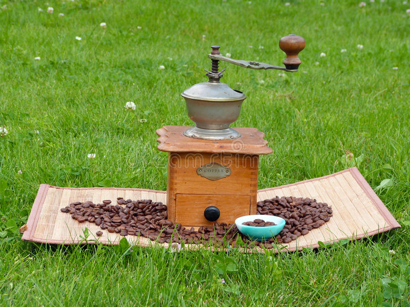 Old Coffee Grinder And Coffee Beans Stock Image