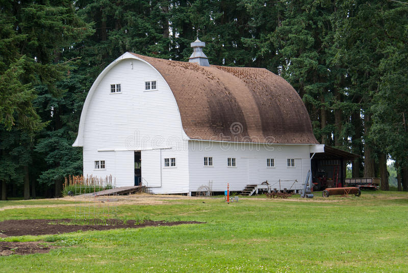 An old country barn in the Willamette Valley of Oregon. An old well preserved country barn situated in the Willamette Valley of Oregon royalty free stock photography