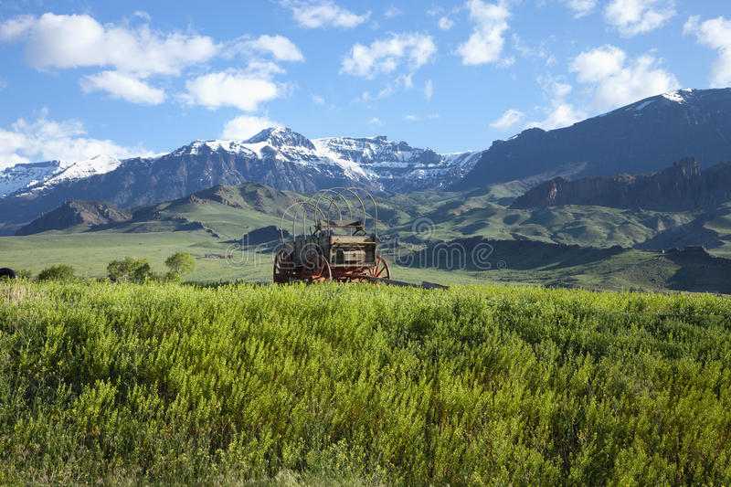 Download Old Covered Wagon In The Absaroka Mountains Of Wyo Stock Photo - Image of absaroka, cart: 39505258