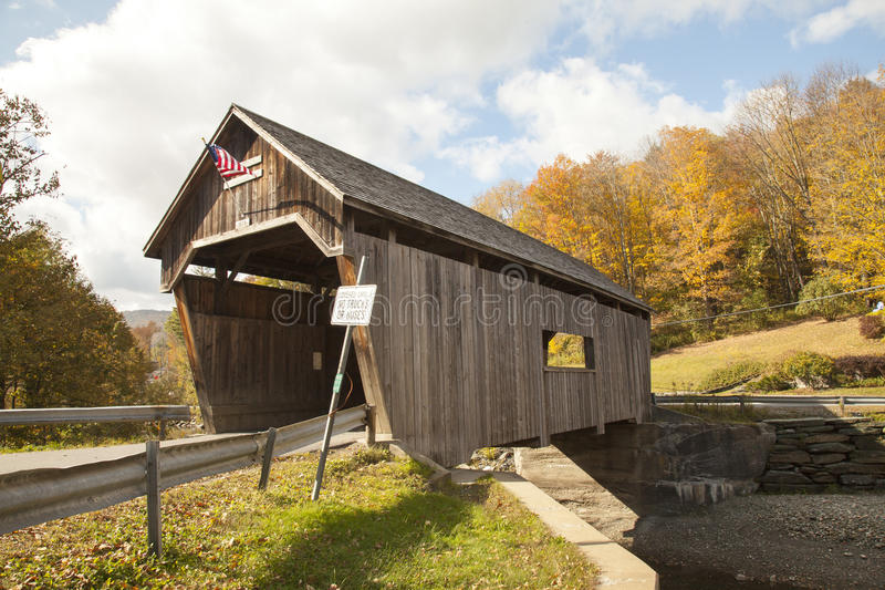 Old covered wooden bridge in Vermont, countryside stock photos