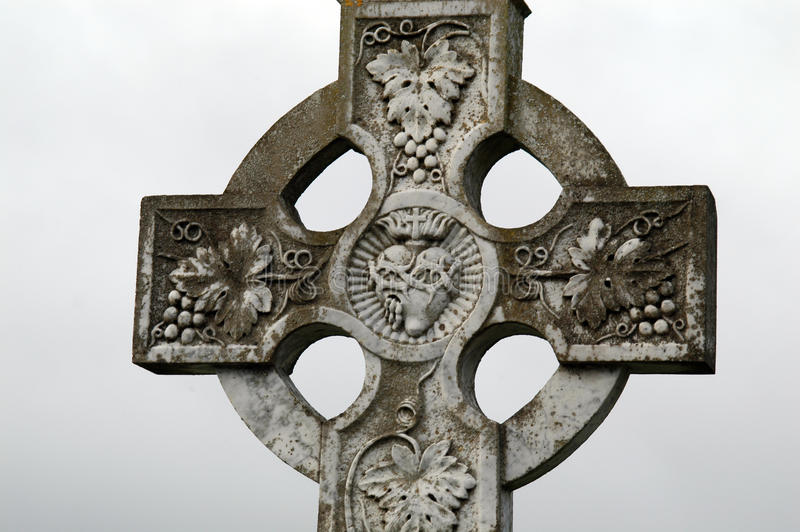 Download Old Cross On A Graveyard Stock Photography - Image: 11024472