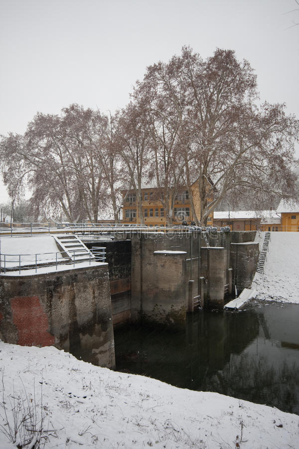 Download Old dam stock photo. Image of stock, cold, intakes, outside - 17672330