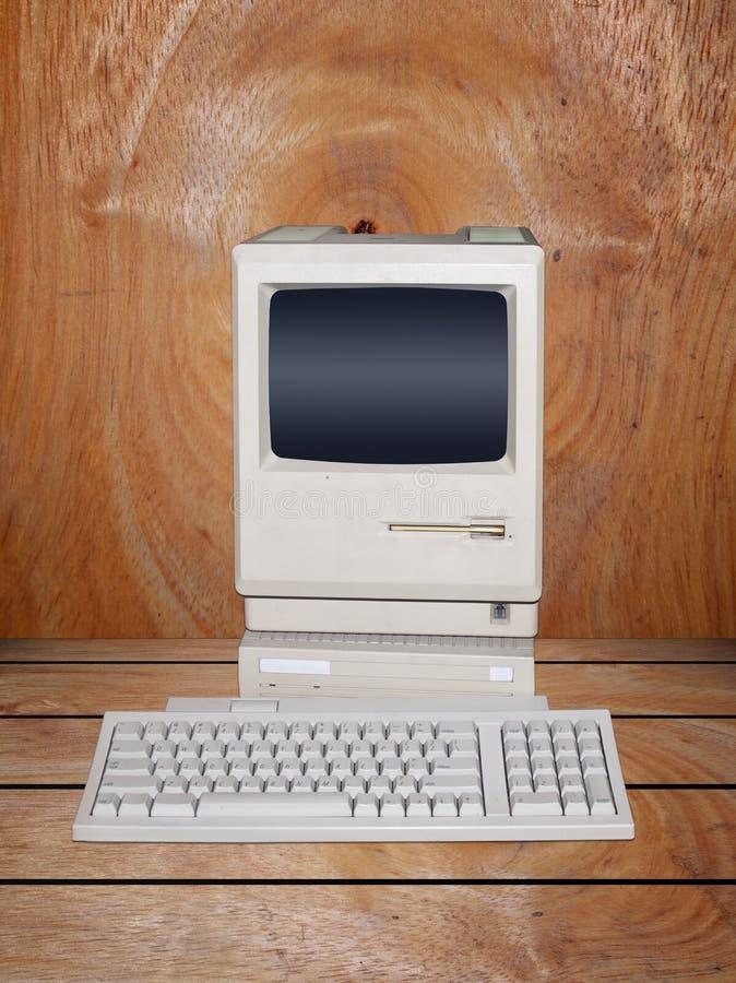 Free Old Desktop Computer Stock Image - 20153021