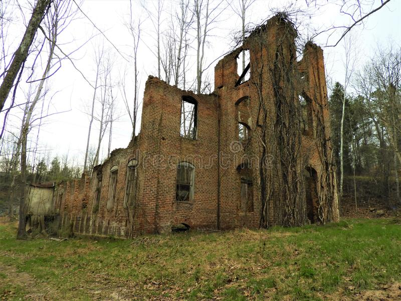 Old desolate abandoned burned down house in North Carolina royalty free stock photography