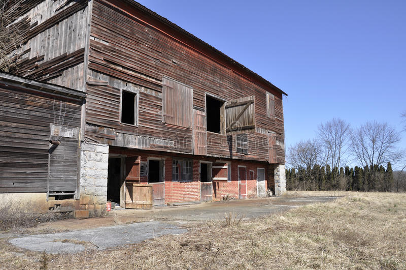Download Old dilipidated barn stock image. Image of abandoned - 23659139