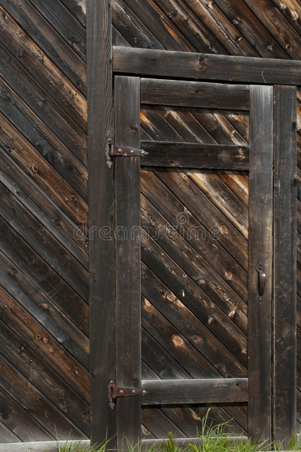 Download Old Door Royalty Free Stock Photo - Image: 16677995