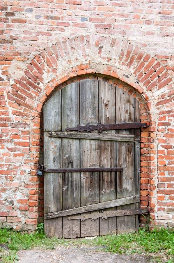 Free Old Door Royalty Free Stock Photo - 35975805