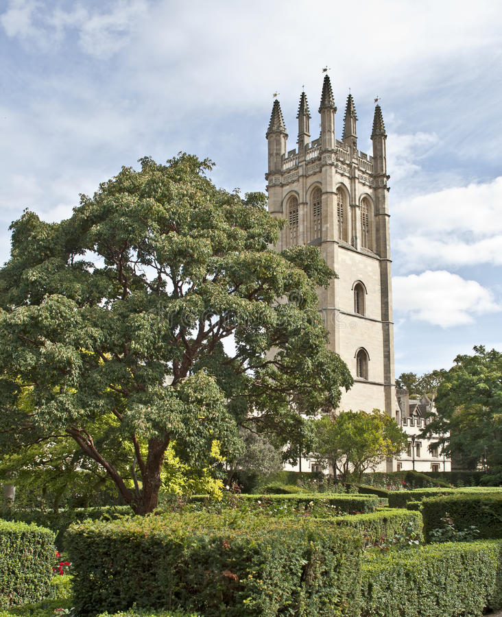 Download Old English Garden With Castle On The Background Royalty Free Stock Images - Image: 25202329