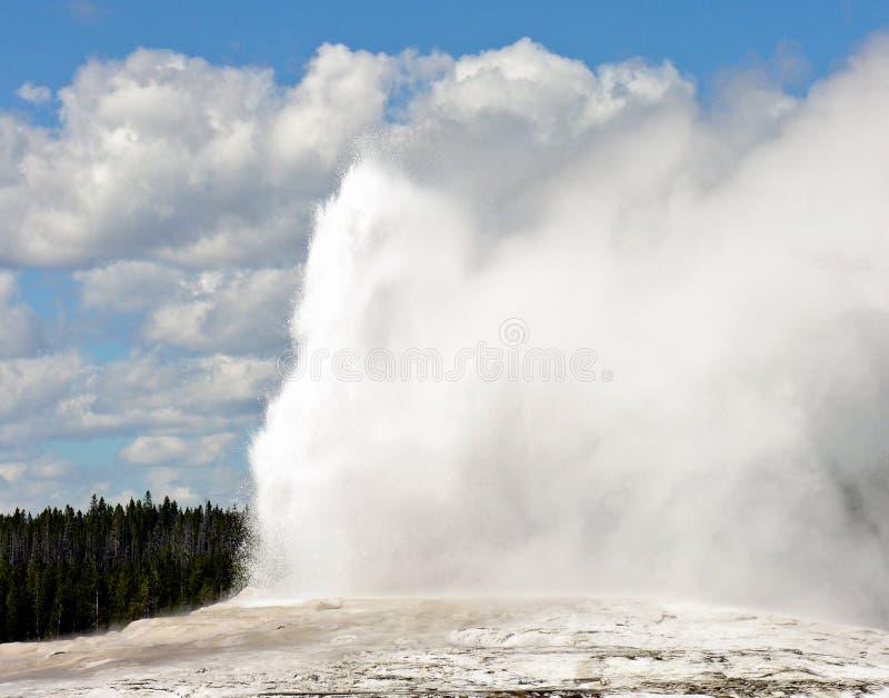 Download Old Faithful, Yellowstone National Park Stock Photo - Image of landscape, blue: 85624214