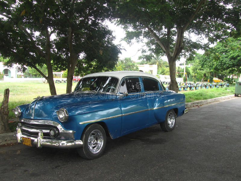 Old fashioned Cuban car editorial stock photo. Image of garden ...