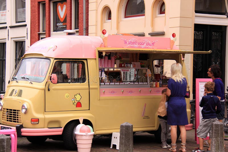 Old Fashioned Ice Cream Seller Van Editorial Stock Image