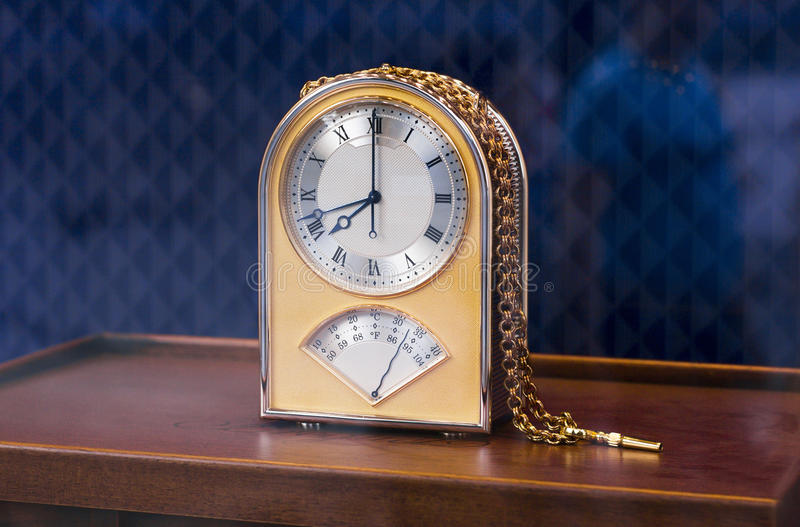 Download Old Fashioned Table Clock Stock Image. Image Of Pointer   35439275