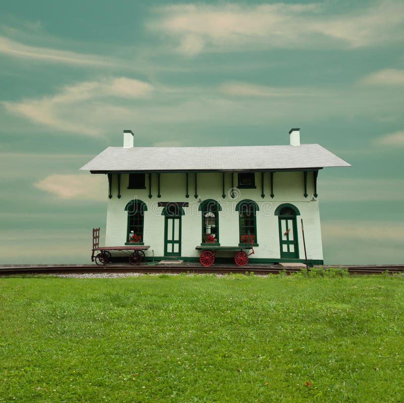 Download Old Fashioned Train Station Stock Photo - Image: 20330564