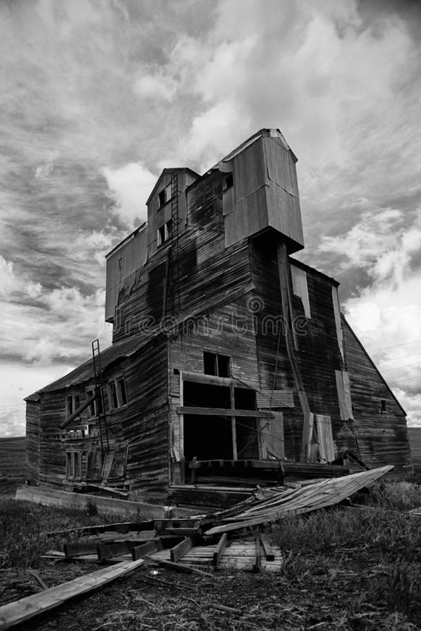 Download Old Grain Elevator stock photo. Image of agriculture - 14807974