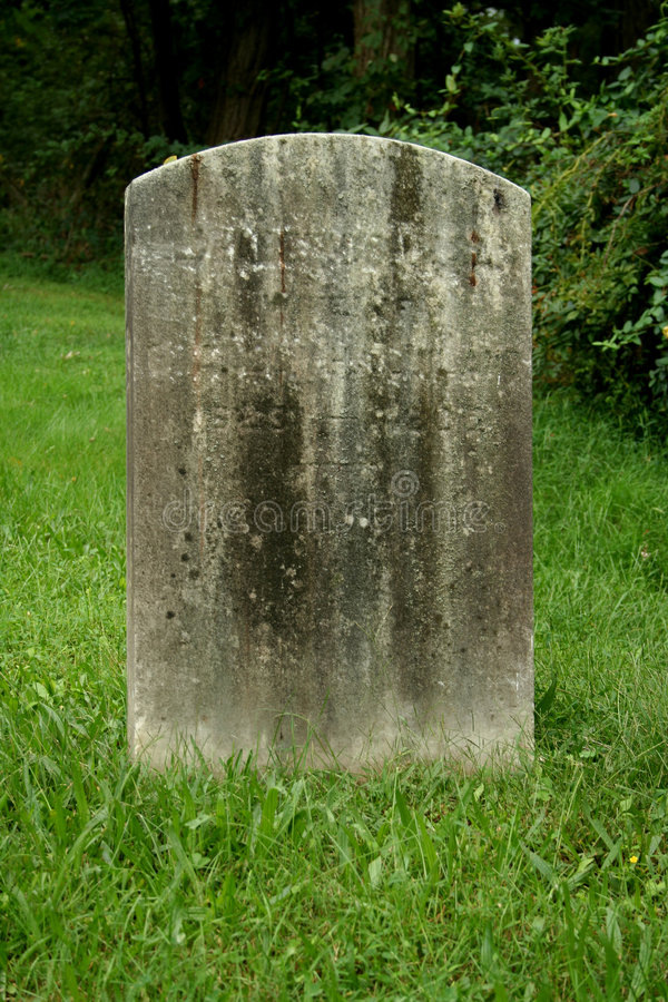 Free Old Gravestone Royalty Free Stock Photos - 3205728