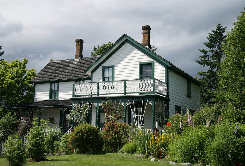 Old house. With majestic gardens royalty free stock photos
