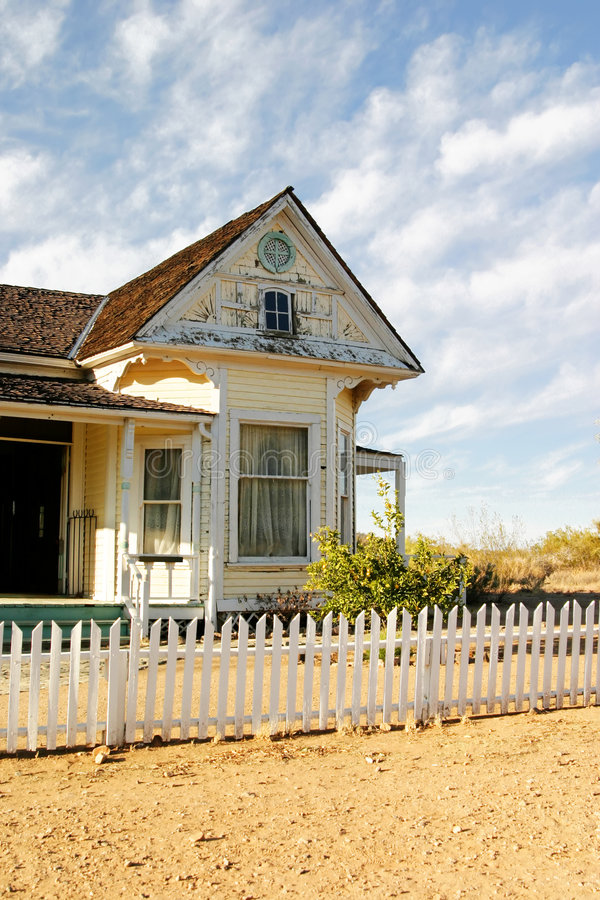 Download Old House Royalty Free Stock Image - Image: 518596