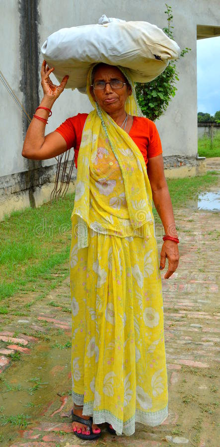 Download Old Indian Working Woman Editorial Stock Photo - Image: 33503098