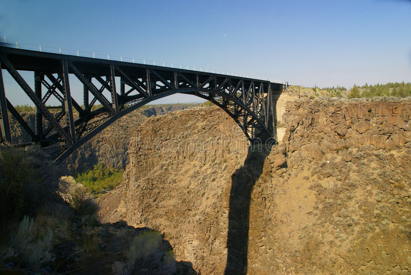 Old Iron Bridge Over The Crooked Rive Stock Photos