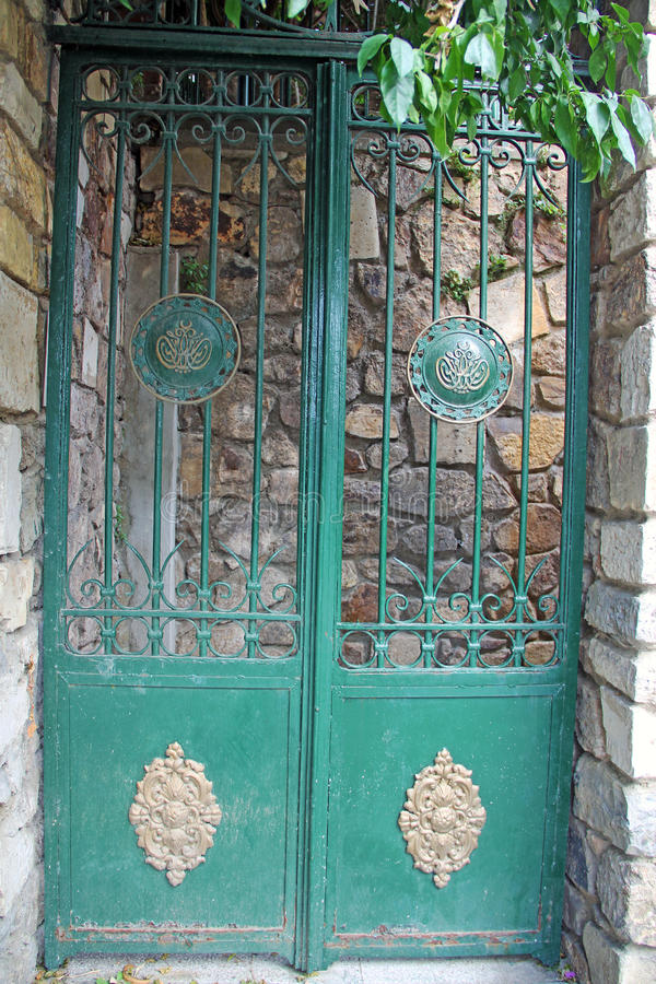 Ancient ottoman door iron crafts ornamental in Istanbul Turkey & Old iron door stock photo. Image of ornamental doors - 50354864