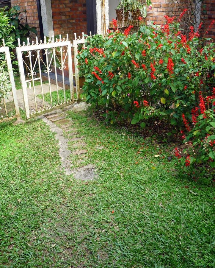 Free Old Iron Gate In Garden Stock Photo - 23767090
