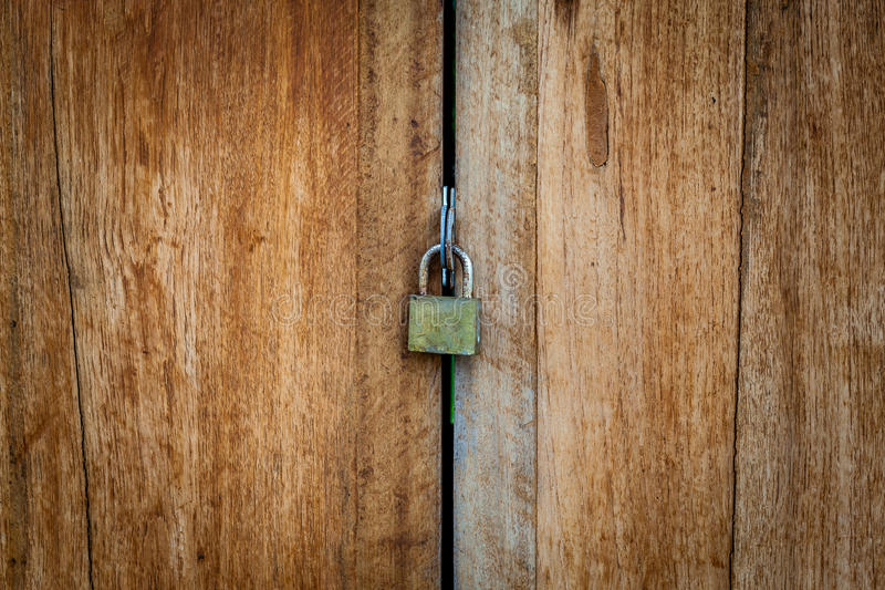 Old Key Lock On Close Wood Door Royalty Free Stock Images