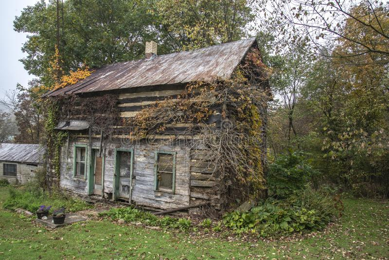 Old log cabin,Ohio royalty free stock photos