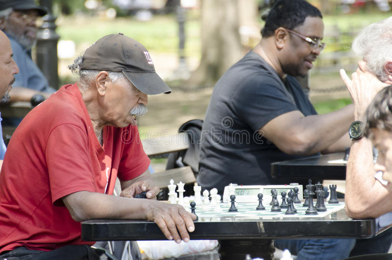Download Old Man Playing Chess In Washington Square Park, NYC Editorial Image - Image: 83720815