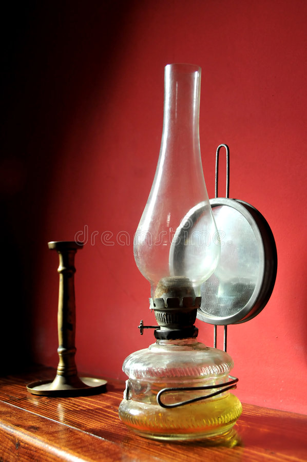 Free Old Oil Lamp Royalty Free Stock Photography - 4824387