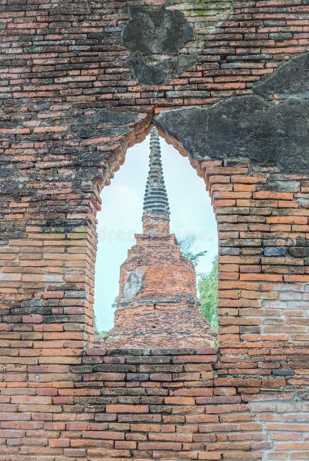Old Pagoda Wat Mahathat stock photos