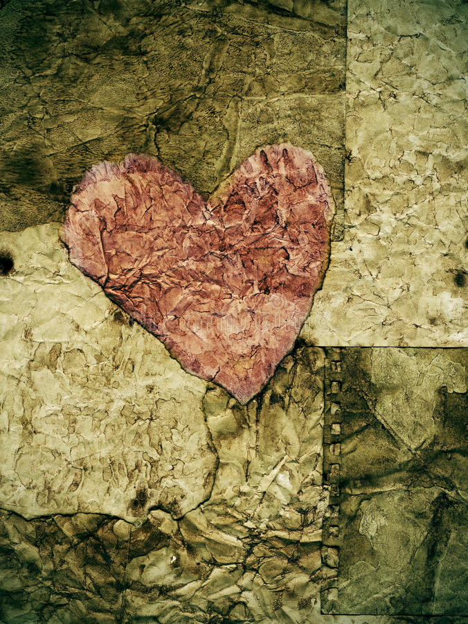 Free Old Paper Heart Royalty Free Stock Photography - 19552947