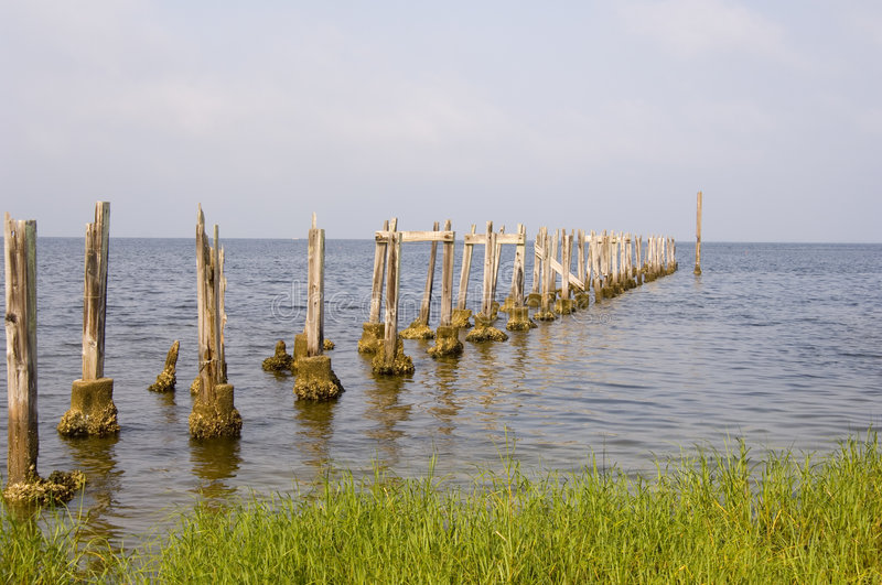 Download Old Pier On The Shore Of The Gulf Of Mexico Stock Photo - Image: 1327374