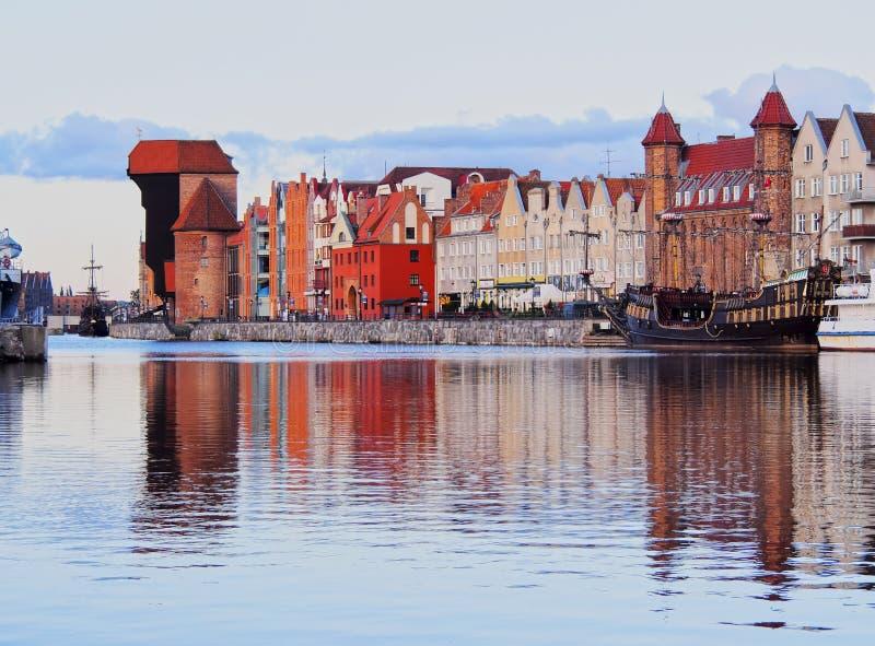 Download Old Port Crane In Gdansk, Poland Editorial Stock Photo - Image of port, crane: 33132863