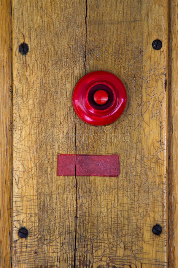 Free Old Red Doorbell Royalty Free Stock Photos - 16634278