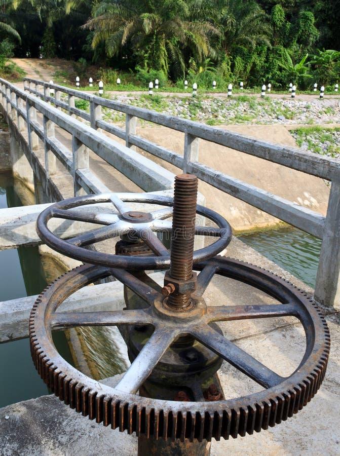 Old reservoir wheel