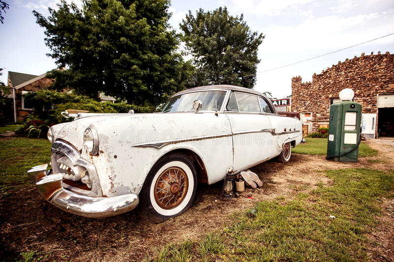 Download Old Retro Car On The Route 66 Stock Image - Image: 37608195