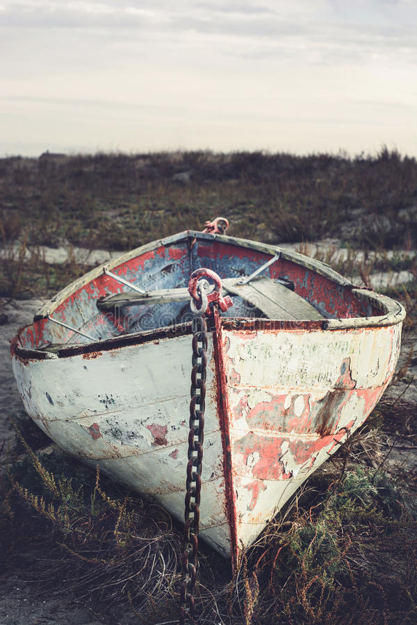 Free Old Rowboat Stock Images - 63318984