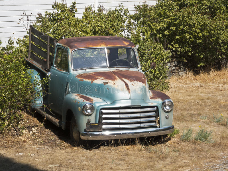 Old rusty pickup truck stock image. Image of aged, green - 26421491