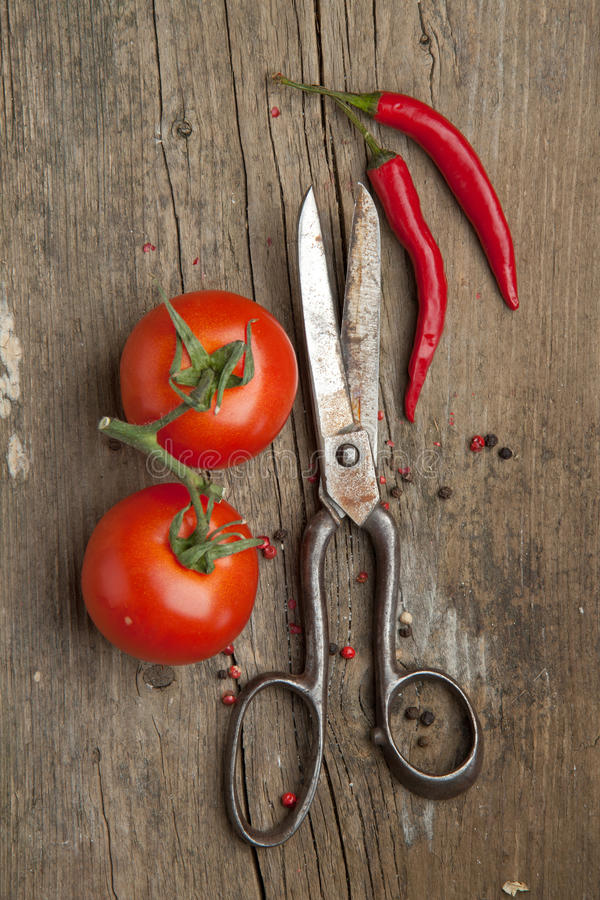 Free Old Scissors And Vegetables Royalty Free Stock Photography - 19132307