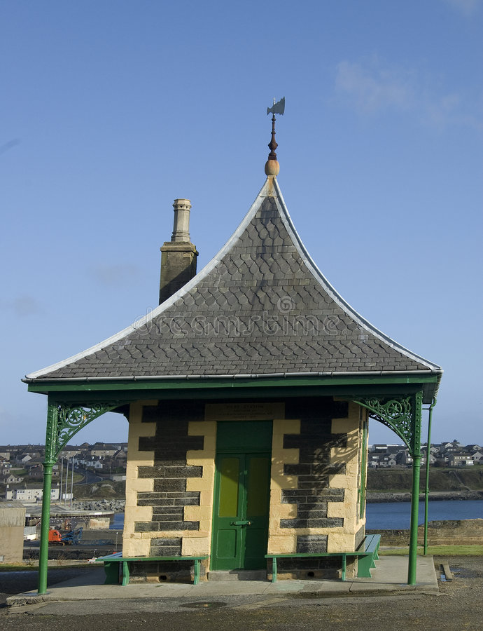 Free Old Seaside Shelter And Watching Station,Wick Harbour,Caithness, Scotland, U.K. Royalty Free Stock Photography - 6656637