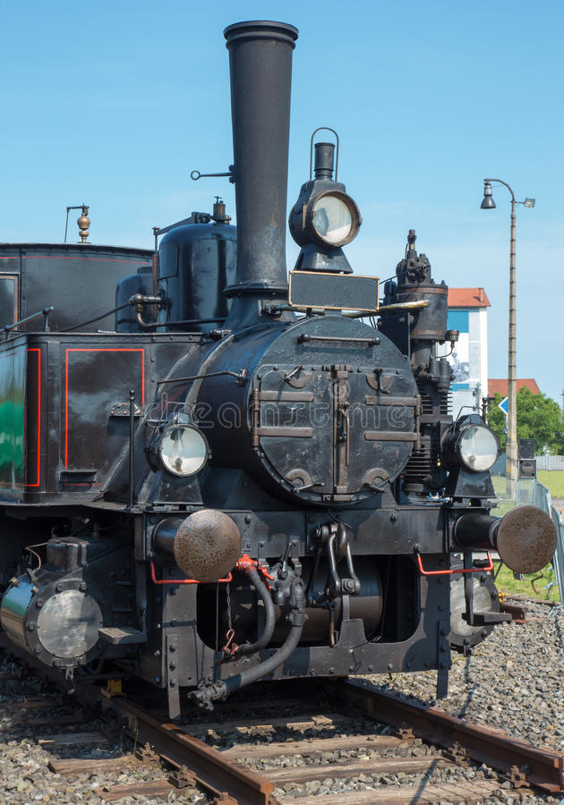 Free Old Steam Locomotive Royalty Free Stock Image - 32077496