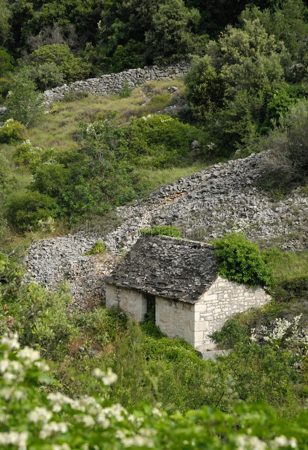 Free Old Stone Cottage Stock Photography - 5476262