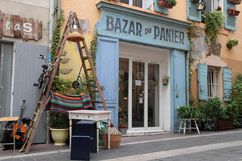 Old store and things in le panier district editorial image - Apple store marseille terrasse du port ...