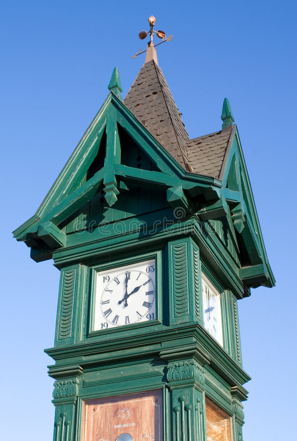 Free Old Style Clock Tower Royalty Free Stock Image - 1654956