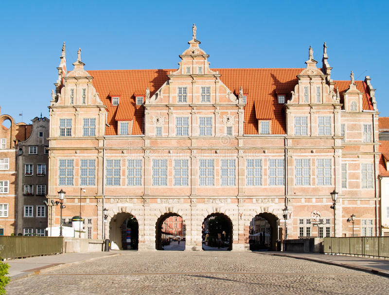 Download Old town gate, Gdansk stock image. Image of gate, bgate - 20304723