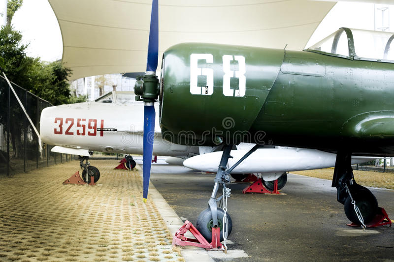 Download Old trainer aircraft editorial image. Image of show, aircraft - 23875505