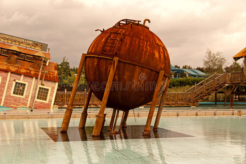 Download Old water tank stock photo. Image of rusty, water, holding - 16548022