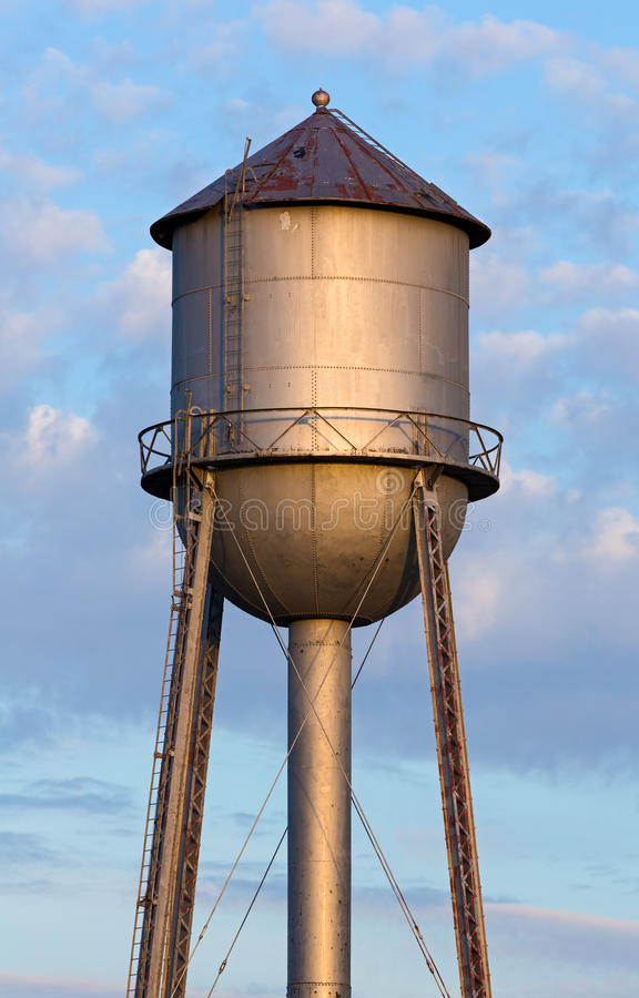Free Old Water Tower Tank Stock Photo - 40604990