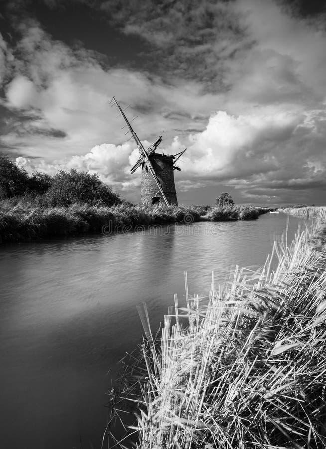 Old Windmill, near Horsey, Norfolk stock fotografie