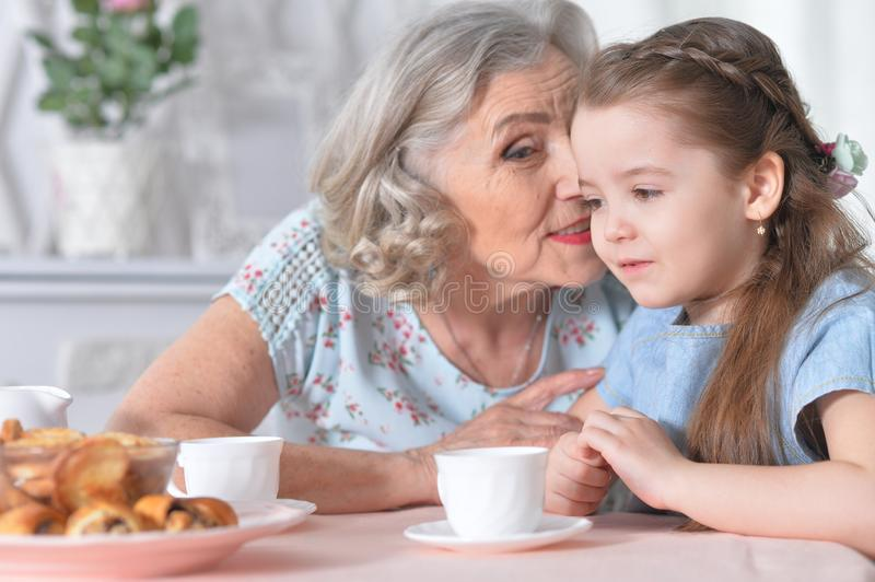 old-women-on-a-young-girl